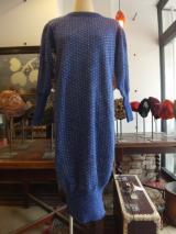 ヨーロッパ古着ブルーラメニット裾絞り デザイン80'sワンピース  5,900円(税抜)  http://www.fripe.jp/item/1-130-286/