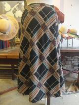 ヨーロッパ古着  Cacharelブラック・ブラウン・グリーンチェック  ラップスカート  5,900円(税抜・送料込)