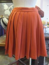 ヨーロッパ古着  UNITED COLORS OF BENETTONスモーキーオレンジ  プリーツスカート  4,900円(税抜・送料込)