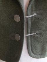 ヨーロッパ古着 モスグリーン・パフスリーブ・ ボタンが素敵なショートジャケット  12,800円(税抜・送料込)  http://www.fripe.jp/item/2-139-174/