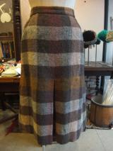 ヨーロッパ古着茶系チェック柄×BURBERRYSボックスプリーツウールスカート  7,900円(税抜・送料込)