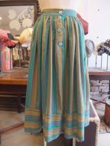 ヨーロッパ古着グリーントーンにピンク& オレンジストライプ前ボタンギャザースカート  4,900円(税抜・送料込)  http://www.fripe.jp/item/2-180-711/