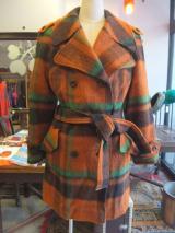 ヨーロッパ古着オレンジ・グリーン・黒チェックシルエットのすてきなコート  14,800円(税抜・送料込)